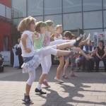 Tanzgruppe beim Maifest in Dermbach