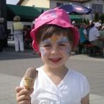 Kind beim Maifest Dermbach